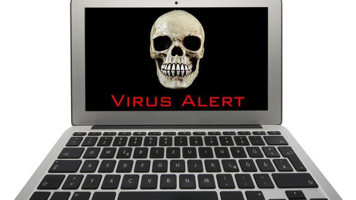 Опаснее камеры и микрофона: Эксперт назвал главное оружие кибермошенников
