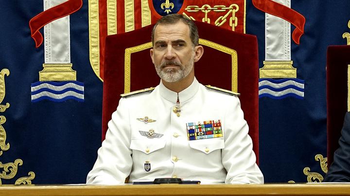 Король Испании едет спасать свою сборную в матче против России