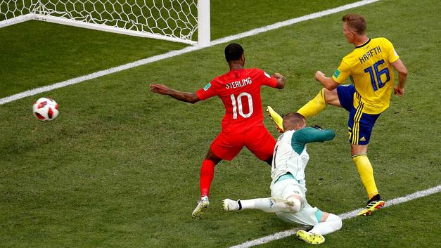 Англичане вышли в полуфинал, где ждут победителя матча Россия – Хорватия