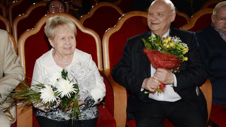 Онавыходит, и встаёт весь зал! Александра Пахмутова отмечает 90-летний юбилей