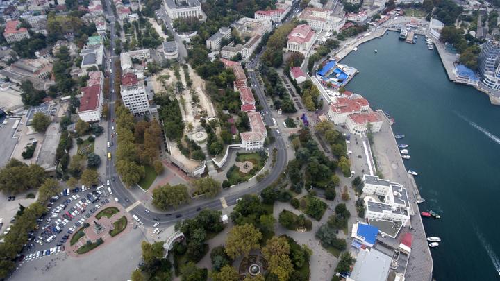 Де Крим???? Как где, дома Крым - в России: Британский The Economist выбил почву из-под ног украинских дипломатов