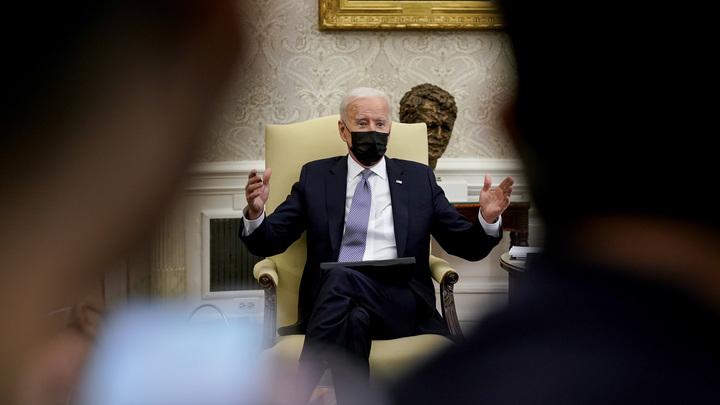США первыми выдали детали разговора Байдена с Путиным: Мягко говоря, необычно