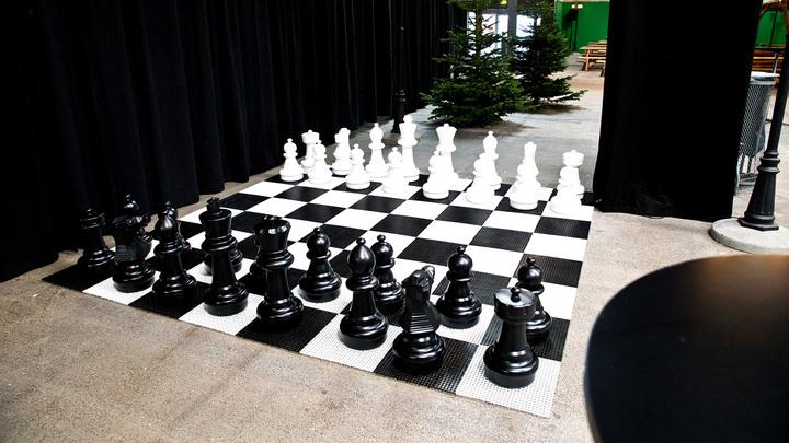 Пятикратная чемпионка мира по шахматам сыграла с заключёнными