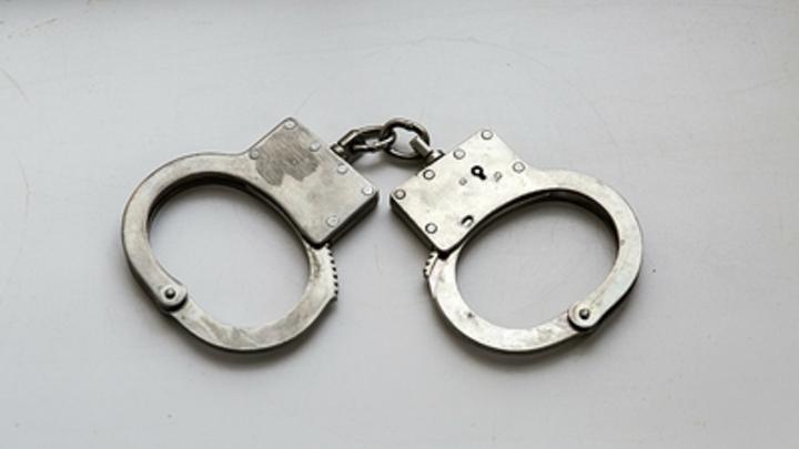 В Приморье задержали многодетного отца, устроившего самосуд над учеником в школьном туалете