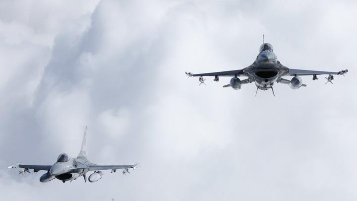 Черногория и Албания открыли свое небо для самолетов НАТО