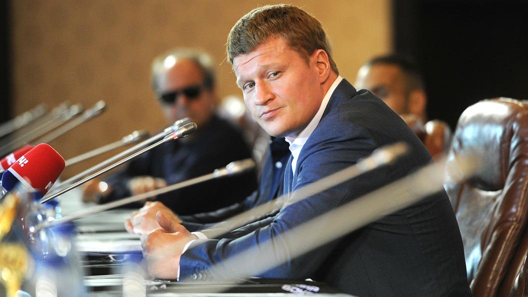 Боксер Поветкин отсудил $4,3 млн уУайлдера