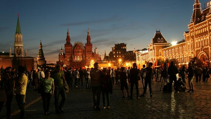 Билеты в Москву не продавать: Гаспарян показал европейскую демократию на примере Литвы