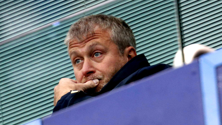 Англичане побудят Абрамовича вкладывать в русский футбол?