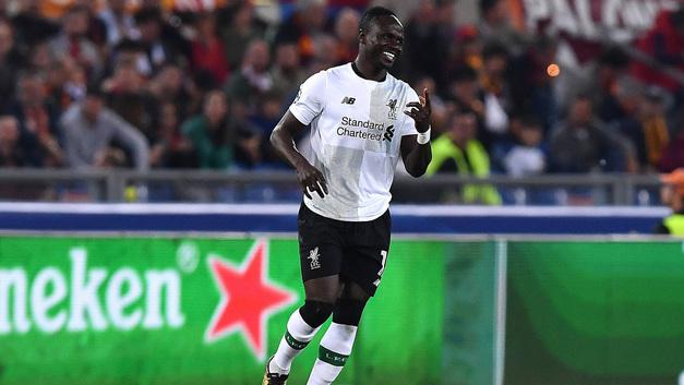 Футболки Ливерпуля теперь и в Африке