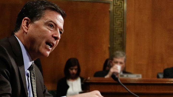 Трамп уволил могущественного главу ФБР и оказался в эпицентре опасного скандала