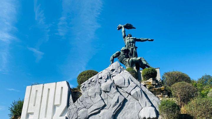 Вернуть исторический вид: Памятник Стачке 1902 года в Ростове облицуют гранитом