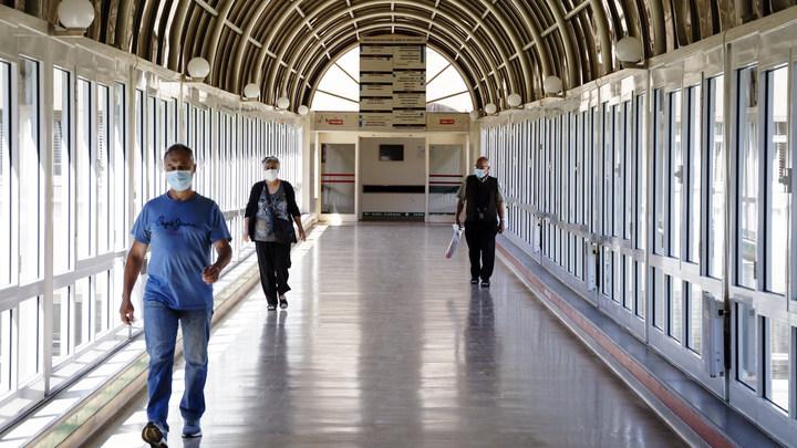 Гинцбург назвал три главные причины роста заболеваемости COVID в России