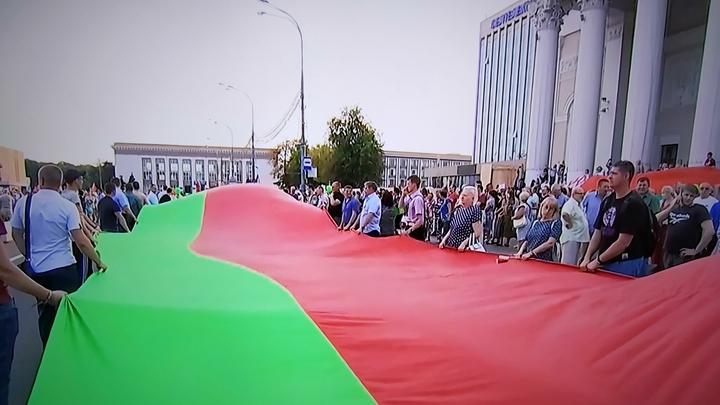 Подписать санкции против Белоруссии помешал шантаж: Бунтаря назвал источник
