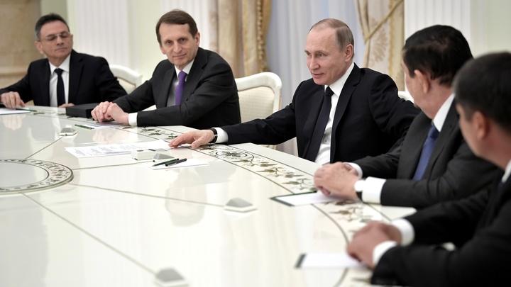 Новые риски почти для любой страны: Путин обратил внимание глав разведслужб стран СНГ на внешнее вмешательство