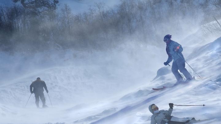 Люди прыгали, спасая жизни - опубликовано видео с взбесившимся подъемником на горнолыжке в Грузии
