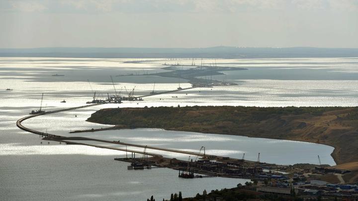 Власти Крыма: Иск Украины не остановит историческую стройку Керченского моста
