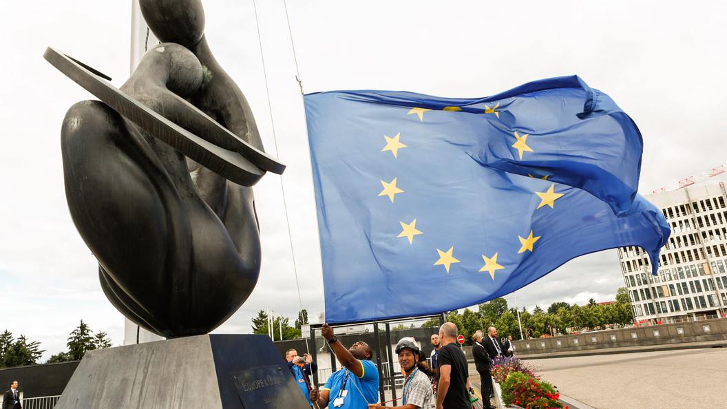 Евросоюз выступил против ужесточения антироссийских санкций