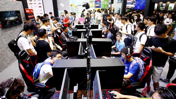 На World electronic games у российских команд победа и третье место