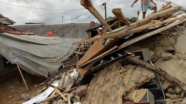 Мощное землетрясение сотрясло соседний с Бали остров, есть жертвы