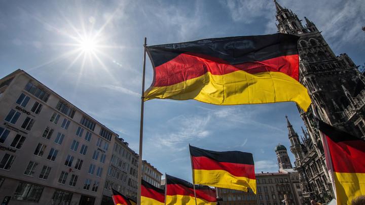 Меркель обвели вокруг пальца: Германия объяснила смысл санкций США против России