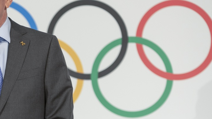 Насквозь прогнившее сборище негодяев: WADA требует отстранить Россию от Игр до 2022 года - BBC