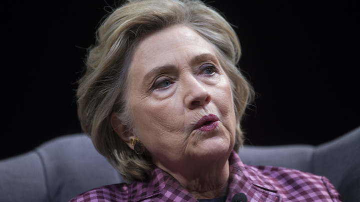 Он видел письма Клинтон: Блогеров взбудоражила загадочная смерть пожилого полицейского