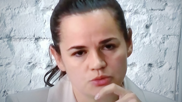 Тихановская не способна повлиять на ситуацию в Белоруссии, она лишь декорация - эксперт
