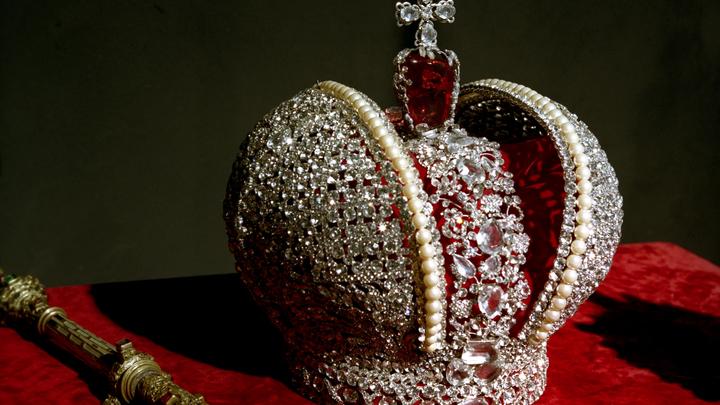 Несёт смерть даже спустя столетия: Названа роковая царская роль для актёров