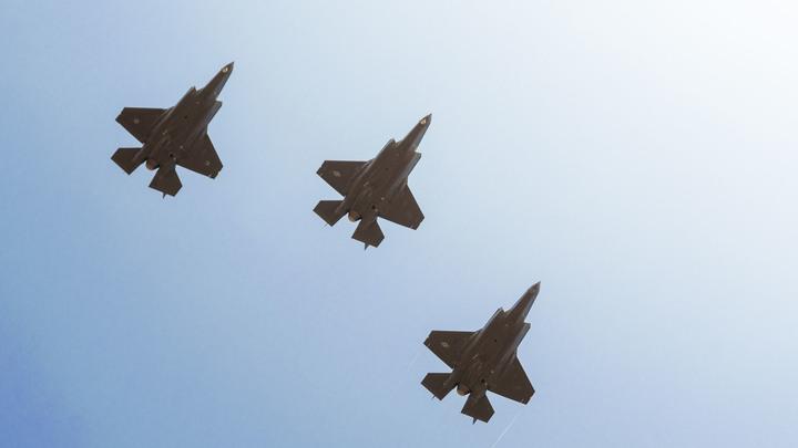ВВС Израиля сбросили бомбы на лагерь ХАМАС в секторе Газа