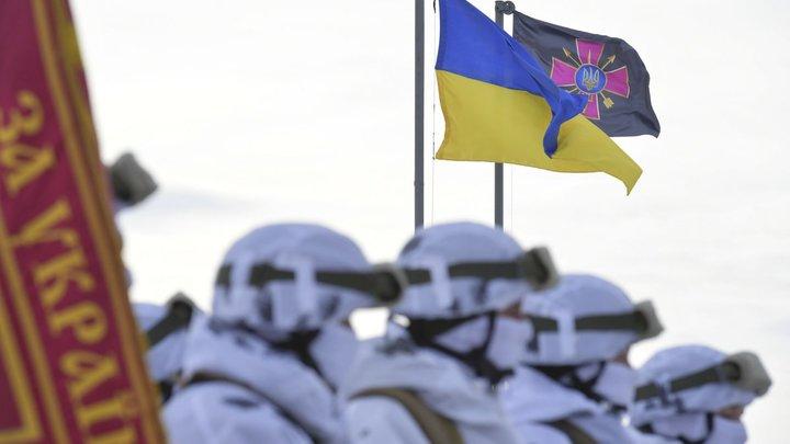 В Киеве пообещали 5 лет тюрьмы автору кровавой расправы над памятником воинам света