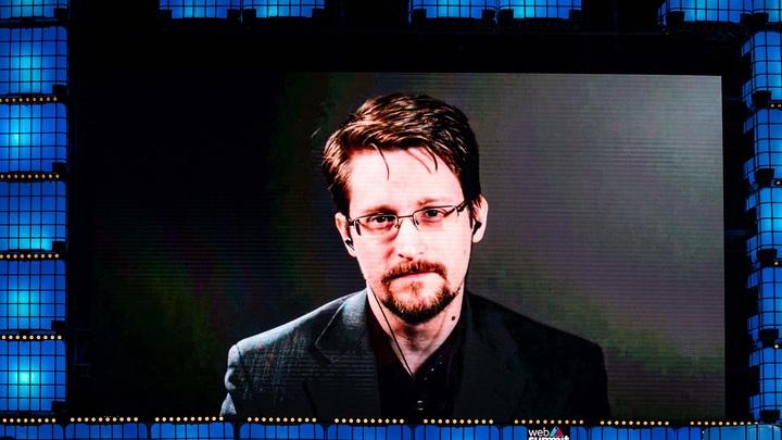 Сказать правду означало никогда не вернуться домой: Сноуден признался, почему решился разоблачить ЦРУ