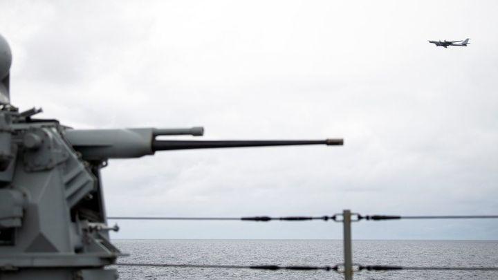 В Крыму пройдут учения с привлечением моряков, лётчиков и десантников. Корабли уже выдвинулись