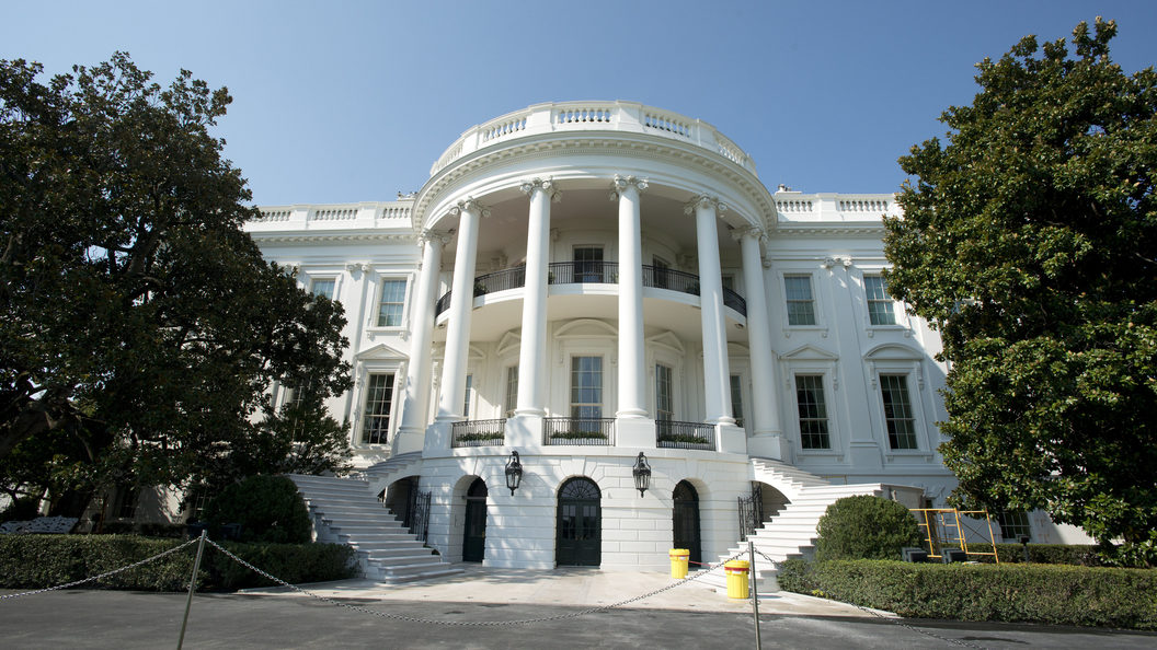 Белый дом не сдержал радости от бойкота новогоднего приема телеканалом CNN
