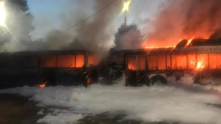 5 сгоревших автобусов владимирской компании АДМ, скорее всего, подожгли