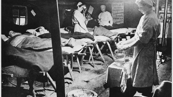 Воскрешал из мёртвых: Невероятная история пленного хирурга Синякова