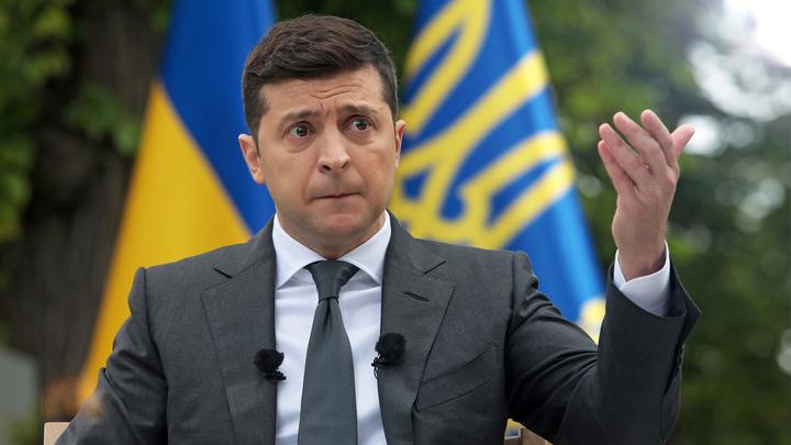 Лучше, чем у Порошенко, но: Рейтинг Зеленского упал до рекордных значений