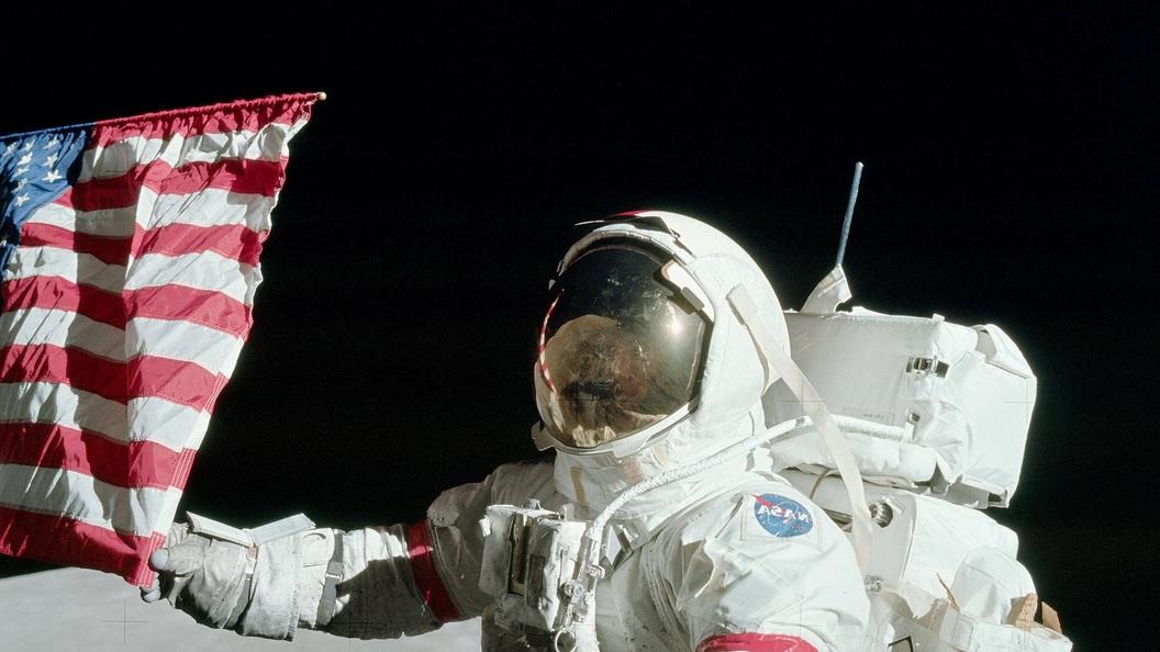 ВNASA сказали осмерти астронавта, который провел 71 час наЛуне