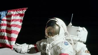 В США умер лунный астронавт Джон Янг