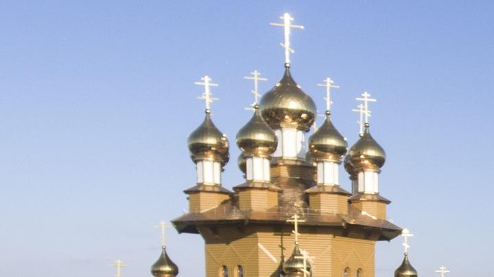 Украинские радикалы устроили очередной погром в православном храме