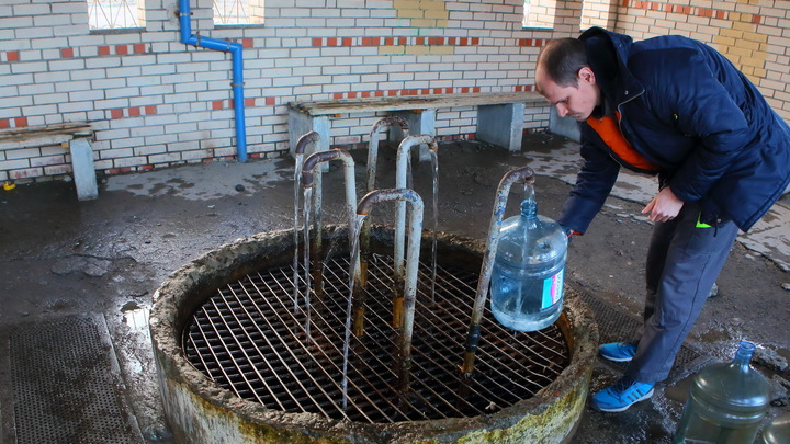 Теперь по ГОСТу: В России запретят питьевую воду с добавками