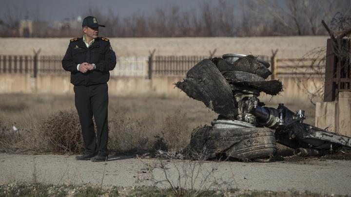 Тревожный сигнал проигнорируем: Сатановский - о чём забудут российские чиновники после очередного падения Боинга