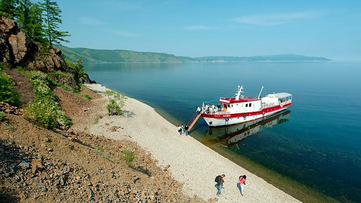 Байкал: Как туристы убивают главное водное богатство России