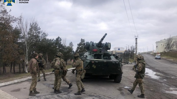 Украина организовала ещё одни учения поближе к России. Под угрозой оказался Крым