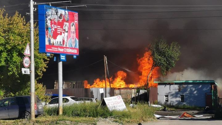 Число пострадавших при пожаре на автозаправке в Новосибирске достигло 35