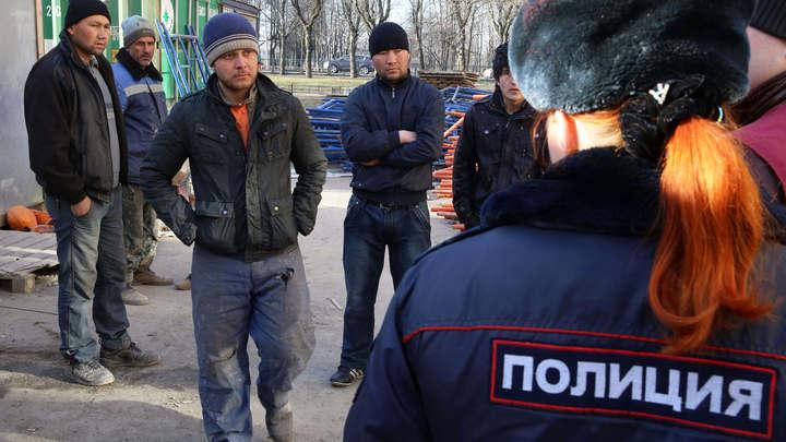 Огромные заразные бараки: Среди нелегальных мигрантов в Москве повальная эпидемия, заявил Шевченко
