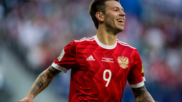 Гол Смолова возродил интригу в матче Россия – Франция
