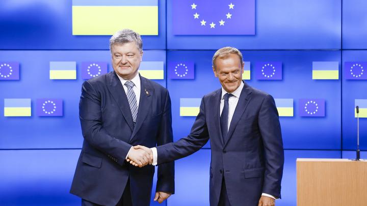 Он просил о санкциях, ему напомнили о реформах: Порошенко в Германии поставили на место