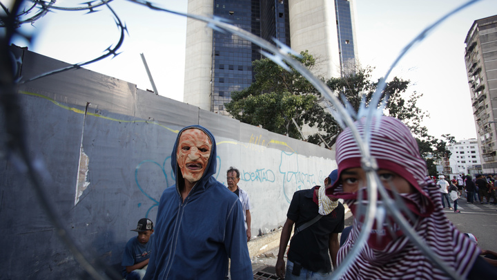 Предательство в Сети: военный атташе посольства Венесуэлы в США отказался от Мадуро