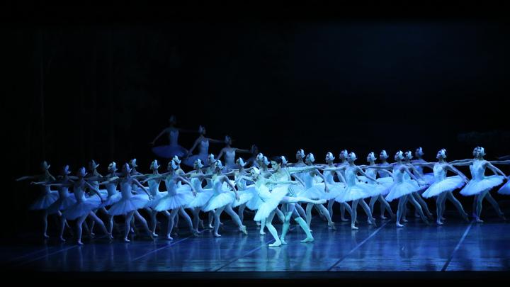 Маленькая русская балерина скончалась вдали от Родины: Печальную весть сообщил историк моды Васильев