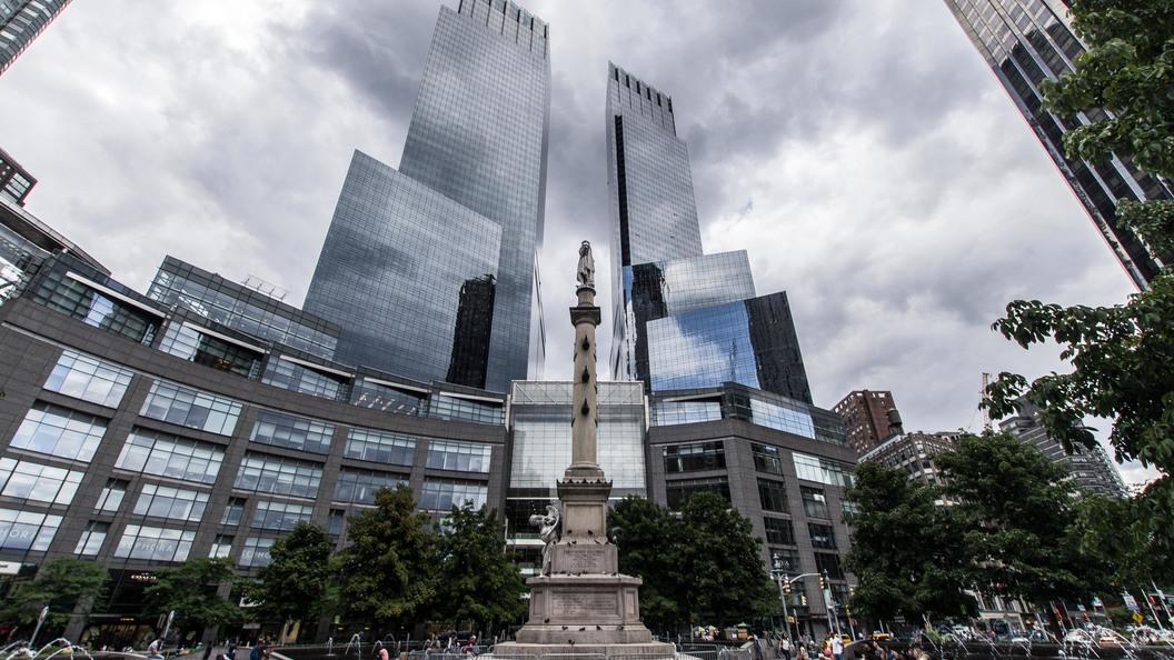 В Нью-Йорке оторвали голову статуе Христофора Колумба